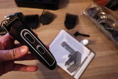 Scheerapparaat voor het scheren en kapsels, details en close-up royalty-vrije stock foto's