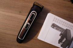 Scheerapparaat voor het scheren en kapsels, details en close-up royalty-vrije stock afbeeldingen