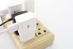 Scheibe brot mit Butter auf einem Toaster stockfotografie