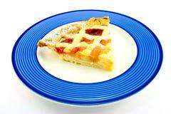 Scheibe der Apple-und Erdbeere-Torte Lizenzfreie Stockfotos
