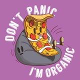 Scheibe der Pizzaillustration Stück italienisches Lebensmittel mit Don-` t Panik I ` m organischem Slogan auf purpurrotem Hinterg vektor abbildung