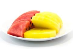 Scheibe der roten und gelben Wassermelone Lizenzfreie Stockfotografie