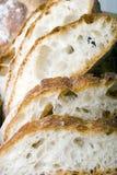 Scheibe des frischen Brotes des weißen italienischen Ziegelsteinofens Stockfotografie