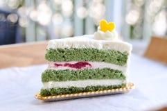 Scheibe des Kuchens des grünen Tees Lizenzfreies Stockfoto