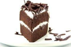 Scheibe des reichen Schokoladenkuchens Lizenzfreie Stockfotos