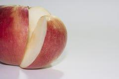 Scheibe des roten Apfels Lizenzfreies Stockfoto