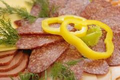 Scheiben der Salami Stockfoto