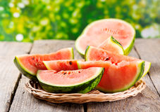 Scheiben der Wassermelone Stockfotos