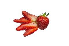 Scheiben von Erdbeeren und von ganzer Frucht Stockbilder