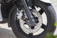 Scheibenbremsemotorrad Stockfoto