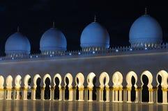 Scheich Zayed Mosque nachts Lizenzfreies Stockfoto