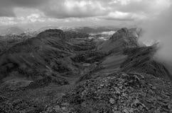 从Scheichenspitze的看法向Dachstein断层块, Ramsauer ferrata,奥地利 库存图片