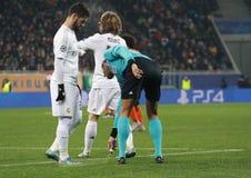 Scheidsrechter van de gelijke Shakhtar Donetsk versus Real Madrid Royalty-vrije Stock Afbeeldingen