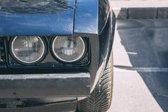 Scheinwerfer des Autos lizenzfreies stockfoto