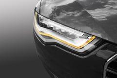 Scheinwerfer des modernen Autos Stockfotografie