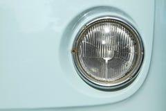 Scheinwerfer des Weinlese-Autos Stockbild