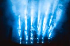 Scheinwerfer im Rauche Lizenzfreie Stockbilder
