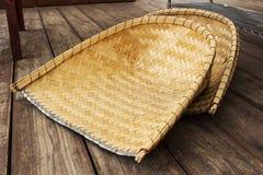 Schelpdier-SHELL gevormde die mand van bamboe wordt gemaakt Stock Afbeelding