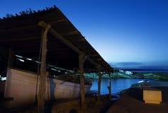 Schemer in een haven van Formentera Stock Afbeelding