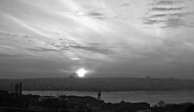Schemer in Istanboel, Turkije Stock Foto's