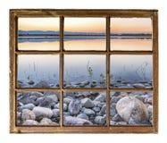 Schemer over een meer in de uitlopers van Colorado Royalty-vrije Stock Foto's