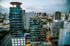 Schemering in Bangkok Thailand Stock Foto's