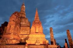 Schemering bij Sukhothai historisch park, Thailand Stock Afbeelding