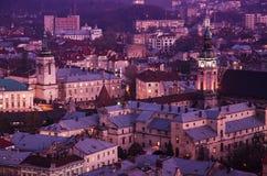 Schemering in Lviv Stock Fotografie