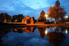 Schemering Pang Ku Reflect op het water, Pang Ku royalty-vrije stock foto