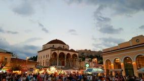 Schemering in plein van Monastiraki, Athene, Griekenland Royalty-vrije Stock Afbeelding