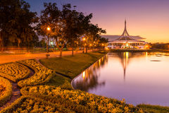 Schemering Rama 9 park Thailand Stock Afbeeldingen