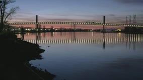 Schemeringforenzen, Vancouver, Fraser River 4K UHD stock videobeelden