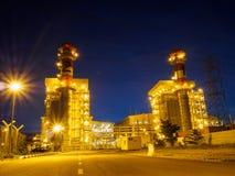 Schemeringfoto van elektrische centrale in Butterworth, Penang, Maleisië stock foto