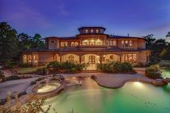 Schemeringfotografie van Real Estate royalty-vrije stock foto's