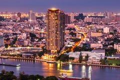 Schemeringmening Bangkok Stock Foto