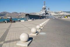 Schepen in de baai van Novorossiysk worden vastgelegd die royalty-vrije stock fotografie
