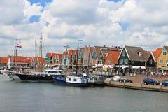 Schepen in de haven van Volendam. Royalty-vrije Stock Foto