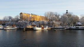Schepen in Stockholm in Skeppsholmen royalty-vrije stock afbeeldingen