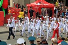 Schermers van de sportenschool op Victory Day Parade stock fotografie