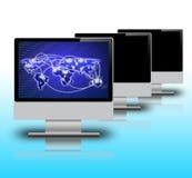 Schermo di computer su fondo bianco Fotografia Stock Libera da Diritti