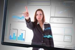 Schermo futuristico dell'interfaccia che tocca dalla donna di affari Fotografia Stock Libera da Diritti