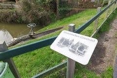 Schermo su Greetsiel storico dall'acqua Fotografia Stock
