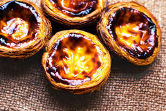 Scherp ei - Pasteis DE nata, typische Portugese ei scherpe gebakjes Royalty-vrije Stock Afbeeldingen