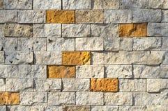 Scherpe beige marmeren opgestelde muur, royalty-vrije stock fotografie