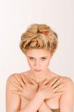 Scherpe blonde vrouw Stock Foto's