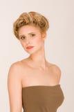 Scherpe blonde vrouw Stock Foto