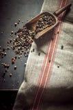 Scherpe kruidige droge peperbollen Stock Afbeelding