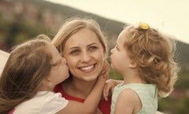 Scherza il giorno felice del enyoj Concetto di giorno di madri Immagine Stock Libera da Diritti