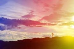 scherzen Sie Schattenbild, Momente der Freude des Kindes Suchen nach Zukunft, O Lizenzfreie Stockfotografie