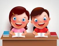 Scherzi i caratteri di vettore della ragazza e del ragazzo che studiano insieme fare il compito Fotografia Stock Libera da Diritti